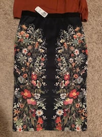 Forever 21 top and pencil skirt Dickinson, 58601