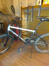 20 in huffy / mongoose bike mix new tubes in tires great bike
