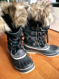 Sorel ladies size 38  Waterproof like new Warm liner must see Mississauga, L5L 2M8