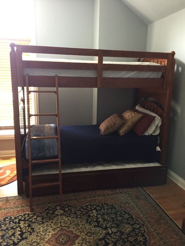 Used Stanley Furniture Bunkbed With Trundle For In Frankfort Letgo
