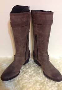 BORN SHOES Brown Calf Boots: Ladies Size 6.5 Toronto, M6G
