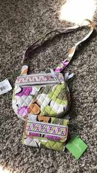 Vera Bradley crossbody purse and wallet never used before Muskegon, 49442