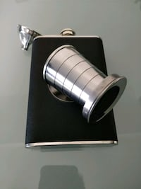 Flask with collapsible shot glass Toronto, M9A 0A4
