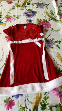 red and white floral dress Madera, 93637