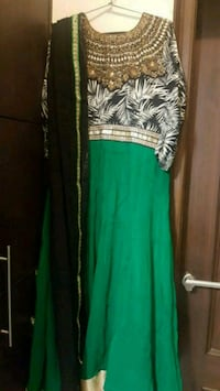 green and white floral sleeveless dress Ludhiana, 141006
