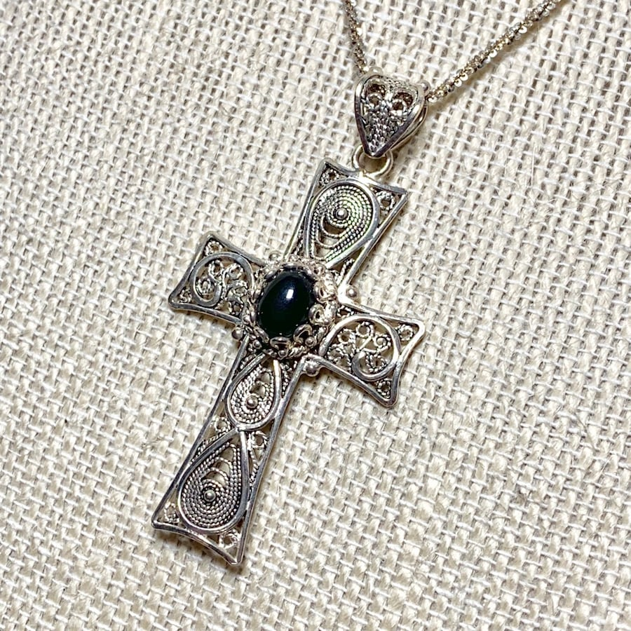 Antique Sterling Silver Black Onyx Cross with Sterling Chain 0