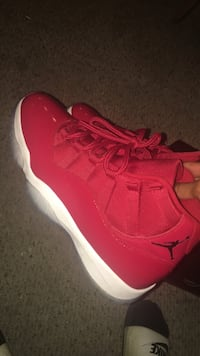 pair of red Nike running shoes Youngstown, 44502