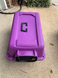 Small/ medium dog kennel / purple & black