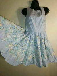 Size 6 powder blue floral circle dress sleeveless Lauren Conrad small Hyattsville, 20784