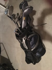 Jack Niklaus Gold Clubs set with gloves - $160 Chantilly