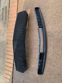 V6 05-09 Ford Mustang tip and bottom Grille