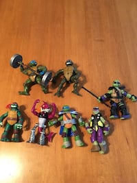 Teenage mutant ninja turtles lot Niagara Falls, L2H 1X3