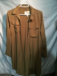 evergreen/camogreen button-up long-sleeved shirt TORONTO