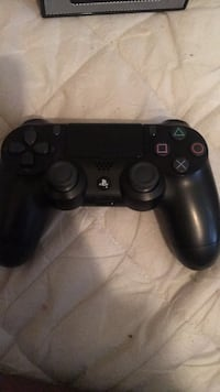 black Sony PS4 DualShock 4 Lincoln Heights, 45215