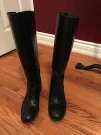 Pegabo ladies leather boots size 8.5 Oakville, L6H 1Y4