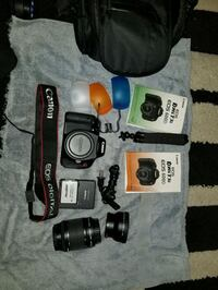 Canon T3i in excellent condition,  with lens Bronx, 10468