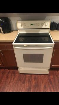 Flat glass top self cleaning oven Rochester, 14609
