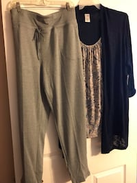 Women's size NEW with TAGS 2x Grey & Navy pants outfit Fairhope, 36532