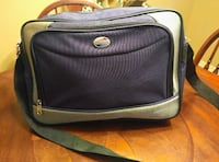 American Tourister Zippered Bag with over Shoulder San Antonio