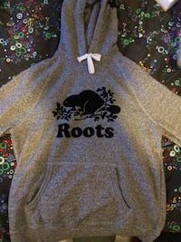 Roots sweater Orillia, L3V 7W8