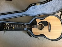 Takamine G Series EG440SC Acoustic/Electric w Case and Accessories Ajax, L1T 4M8