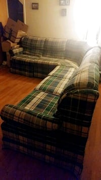 La-Z-boy sectional pull out couch w/ recliner