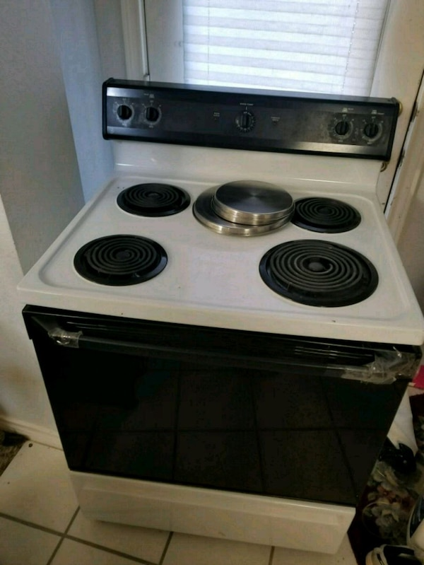 Used General Electric Stove And Oven For In Arlington