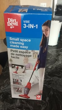 Stick vacuum brand new used one time regular price was 80 $ asking 40$ 715 km
