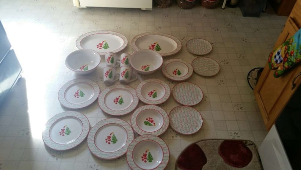Mickey mouse dishes never been used