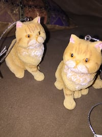 Two cats ornaments: 3 inches tall Calgary, T3E 6L9