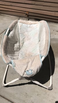 Baby's white and brown rock and play sleeper Ontario, 91764