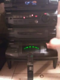 Sony house stereo with 4 speakers Kingsport, 37660