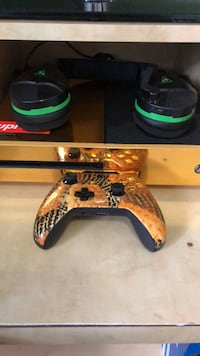 Xbox one bundle GOLD BUNDLE Fairfax, 22032
