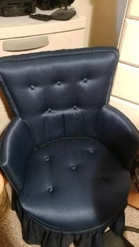 Blue antique chair GOLDSBORO
