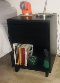 Pair - End Tables Odenton, 21113