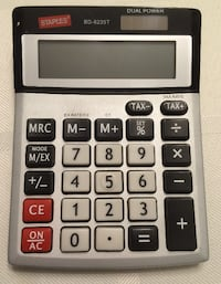 Excellent Condition Staples 8-Digit Desktop Calculator Richmond