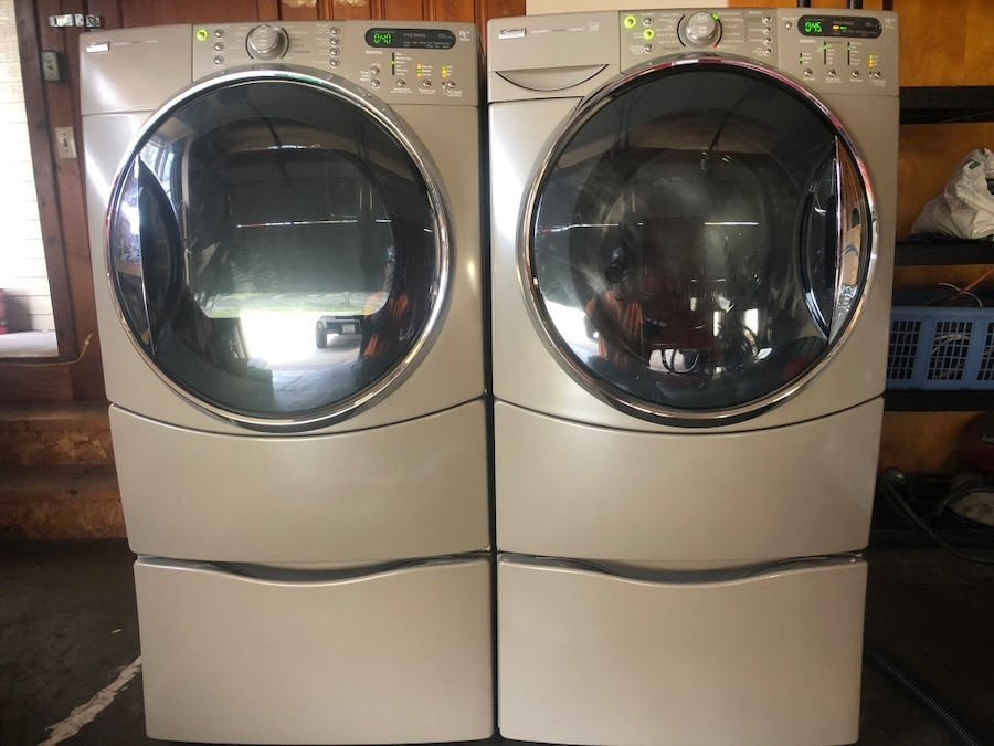Photo Kenmore Elite HE5 Steam washer, HE5t steam electric dryer w/pedestals