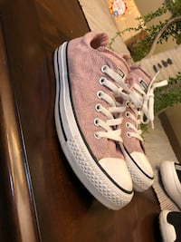 Converse size 8 Knoxville, 37921