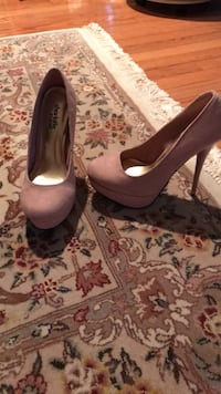 Pink pumps size 6 (brand new-Charlotte Russe) Reston, 20190