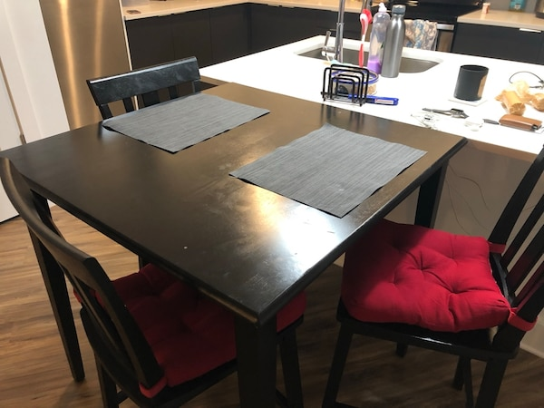 Used 4 Seat High Table