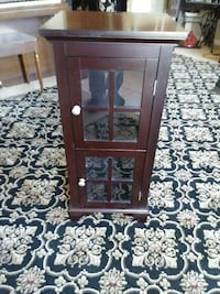 brown wooden framed glass cabinet Willow Grove, 19090
