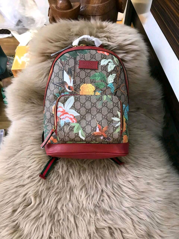 7f3f88c0adad70 Used Gucci Tian GG Supreme Backpack for sale in San Jose - letgo