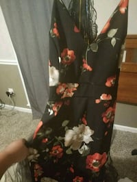 black and red floral dress 615 mi