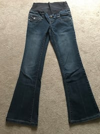 Thyme Maternity jeans size XS
