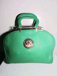 Micheal Kors (green) Chesterfield, 23832