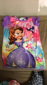 Disneys Sofia the First nightgown size 4T and Sofia robe also 4T Wilmington, 28412
