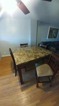 Marble top kitchen table with 4 chairs Philadelphia, 19154