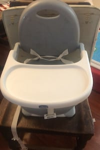 Chicco collapsible high chair Centreville, 20121