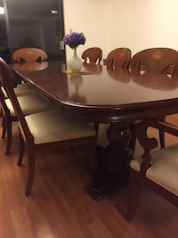 Antique dining table set with chairs Vancouver, V6K 2Z9