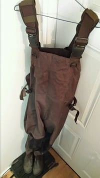 Chest waders Norwood, K0L 2W0
